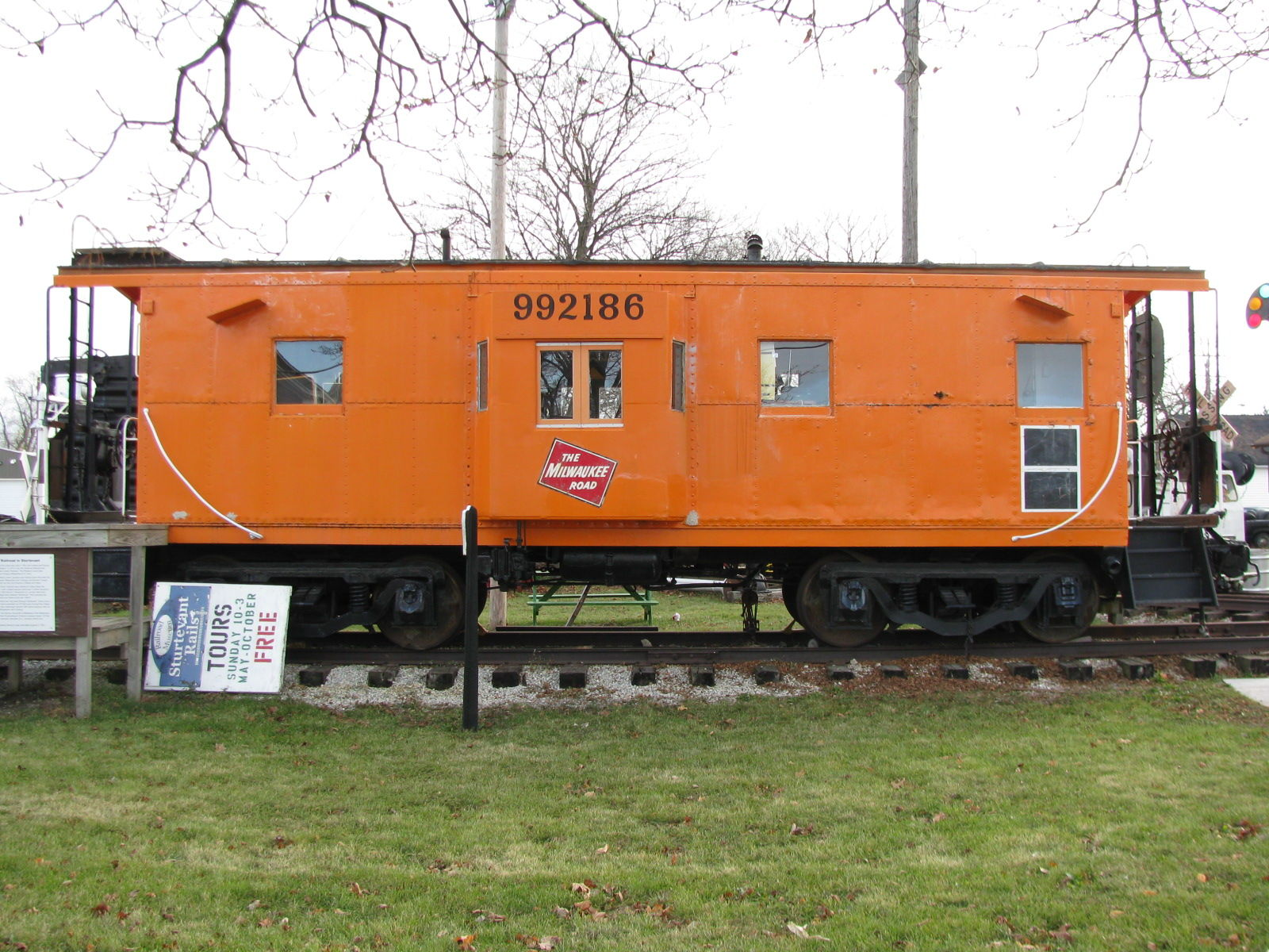 Alabama Car Tags >> LandmarkHunter.com | Milwaukee Road Caboose #992186